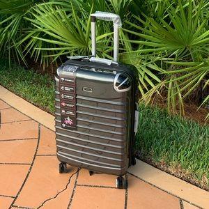 "New 26"" Hard Roll Around Luggage TSA Locks"